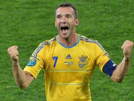 Andriy Shevchenko se uniría a un partido político empresarial después de anunciar su retirada del fútbol.
