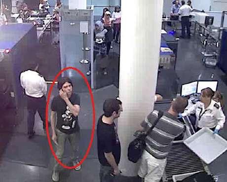 """La justicia alemana se dispone a extraditar a Canadá al presunto asesino Luka Rocco Magnotta, un actor porno apodado el """"descuartizador de Montreal"""" por la muerte del estudiante chino Lin Jun en esa ciudad canadiense. El presunto asesino se encuentra recluido en una prisión de Berlín a la espera de su traslado, que aparentemente sería a finales de este mes."""
