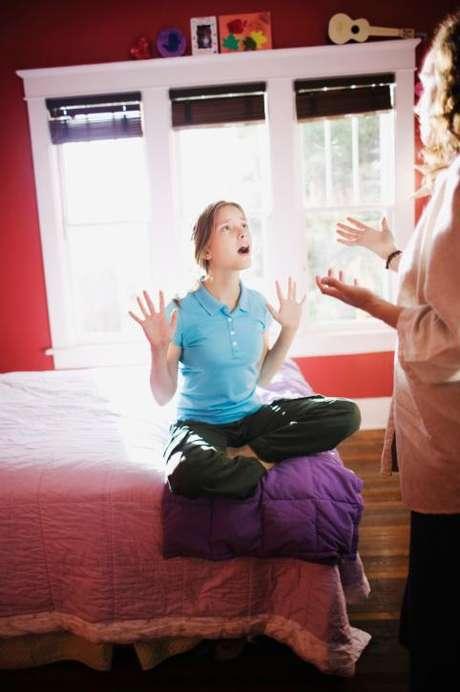 Filhos que aprendem a se expressar são mais capazes de resistir à pressão de colegas para usar drogas e ingerir álcool.