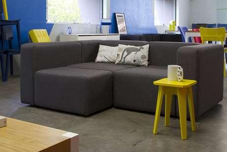 Escolha o sof ideal para um ambiente pequeno for Sofas cheslong pequenos