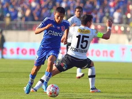 El peruano Raúl Ruidíaz pasará del fútbol chileno al brasileño.