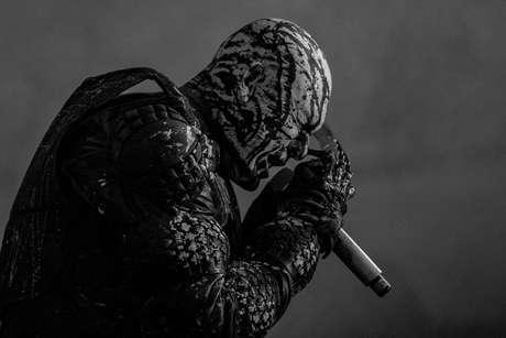 La escena que nació a principios de los 2000 tiene a Koyi K Utho como una de sus mejores referentes. Metal industrial muy experimental y aguerrido fue lo que los llevó al estrellato. Zetha volvió con nuevos y antiguos miembros para sellar el lleno del Escenario Bio.