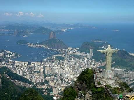 """El Comité """"ad hoc"""" de la Unesco, concluyó hoy la ronda de inscripciones para que diversos sitios sean reconocidos como Patrimonio Mundial de la Humanidad. Este año se incorporaron un total de 26, entre """"naturales"""" (6) y """"culturales"""" (20), por lo que la lista se extiende a 962 lugares. Río de Janeiro, Brasil."""
