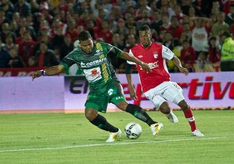 Santa Fe pisó la grama de El Campín con el objetivo de ganar y conseguir el pase a la final de la Liga Postobón I-2012