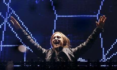 Un David Guetta poco comercial acapara la jornada reina de Rock in Río