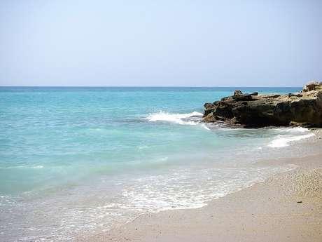 Praias de nudismo atraem turistas na Espanha
