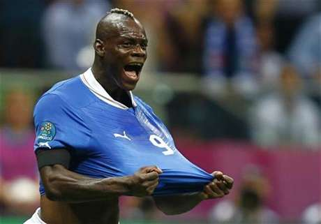 Italy's Mario Balotelli celebrates his goal against Germany during their Euro 2012 semi-final soccer match at National Stadium in Warsaw, June 28, 2012.