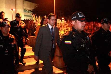Varela fue recluido en el búnker de la Fiscalía en Bogotá y su situación será definida este miércoles en una audiencia.