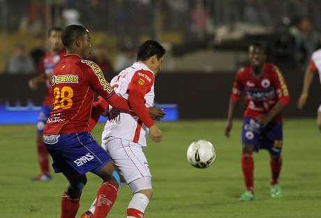 Deportivo Pasto e Independiente Santa Fe se enfrentan en el juego de ida de la final de la Liga Postobón I-2012