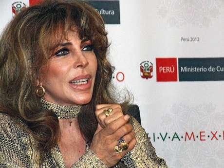 Verónica Castro en Lima.