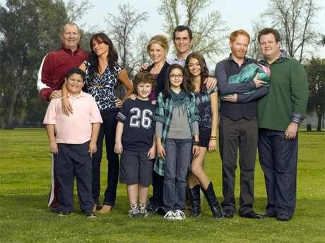 Algunos actores de la serie buscan anular sus contratos para trabajar en la serie argumentando que son ilegales bajo la ley de California.