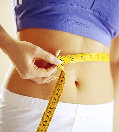 Má alimentação, postura, roupas apertadas, stress... Tudo colabora para o  aparecimento da barriga