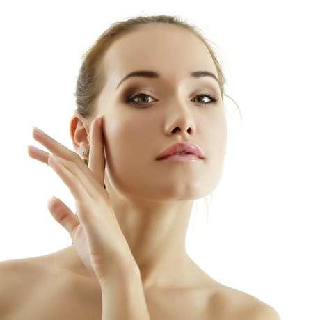Alguns alimentos têm ingredientes que mantêm a pele saudável