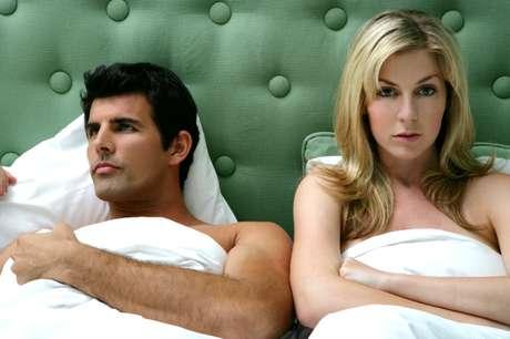 Pessoas muito apegadas ou frias são mais inseguros. E isso torna a vida sexual pior