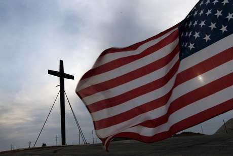 La religión parece no importar en la carrera electoral.