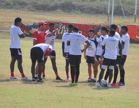 Junior de Barranquilla debuta en la Liga Postobón II - 2012 visitando al Deportes Quindío, este domingo a las 3:30 de la tarde en el Estadio Centenario