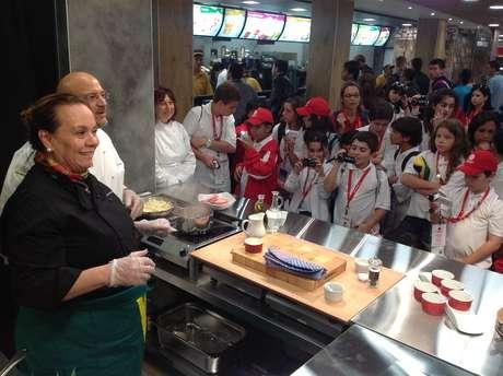 A chef Maria Luiza Ctenas é a criadora do conceito McGourmet, que utiliza ingredientes do cardápio na criação de pratos diferenciados