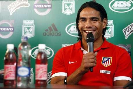 Radamel Falcao García durante la rueda de prensa previa al duelo entre Atlético de Madrid y Atlético Nacional.