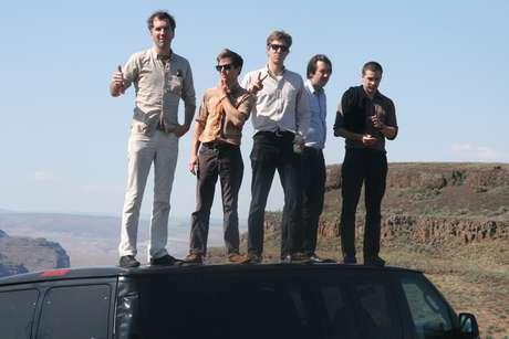 The Walkmen - La banda neoyorquina formada en el 2000, llegará a Chile para celebrar 12 años de carrera en los que, desde su debut discográfico con Everyone who pretended to like me is gone,  se han transformado en una de las agrupaciones más atractivas del mundo indie. Su reciente lanzamiento Heaven ya se postula a los mejores lanzamientos de este 2012.