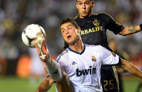 Ronaldo and Real thrash Galaxy