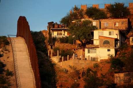 Los Estados que comenzaron a poner presión sobre los inmigrantes sin papales, ya son son tan bien vistos.