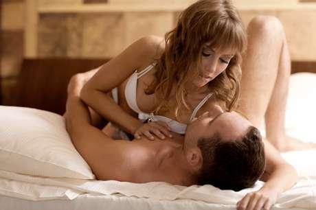 As pessoas procuram mais na internet por amor ou sexo durante o inverno e início do verão