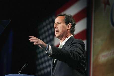 El ex senador Rick Santorum será uno de los oradores en la Convención Republicana.