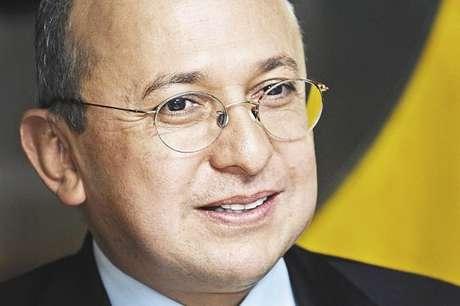 El fiscal general, Eduardo Montealegre, invitó a la ciudadanía a no sentir temor frente a propuestas como las del alcalde de Bogotá, Gustavo Petro.