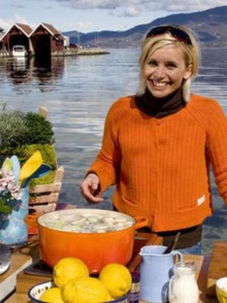 Sopa de pepino e rolinhos de peixe com beterraba são a marca registrada da chef sueca Tina Nordstrom
