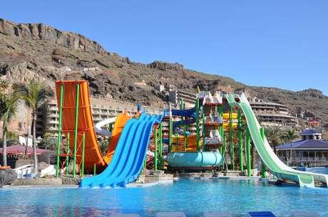 Alguns resorts reunem a estrutura do hotel e de um parque aquático