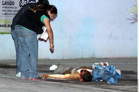 12-agosto-2012.- Dejan ejecutado en Monterrey, NL. La ejecución fue reportada a las 4:10 horas, sobre el Bulevar Antonio L. Rodríguez, en donde se ubica el car wash Cool Wash.
