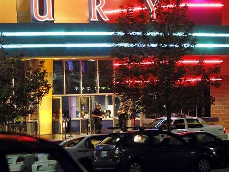 El pasado 20 de julio un sujeto de nombre James Holmes arremetió a tiros a la audiencia de una sala de cine de Aurora, Colorado, dejan 12 muertos y decenas de heridos.