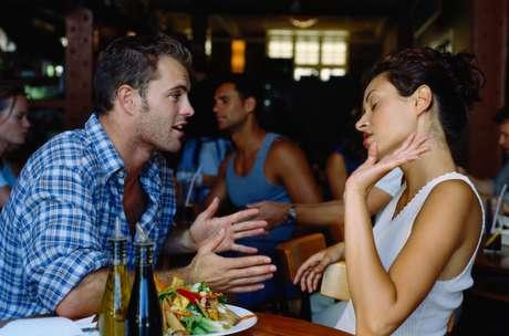 Para salvar uma relação, vale a pena prestar atenção nos sinais menos evidentes
