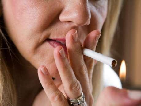 A vacina desenvolvida pelos pesquisadores americanos tem a intenção de evitar que jovens comecem a fumar