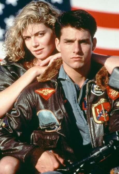 'Top Gun' (1986) fue la película que le hizo alcanzar la fama internacional, lanzando al estrellato a Tom Cruise. Don Simpson y Jerry Bruckheimer produjeron uno de los títulos míticos de los ochenta, un ejemplo de cine de estética publicitaria narrado a ritmo de videoclip. El film recaudó más de 170 millones de dólares.