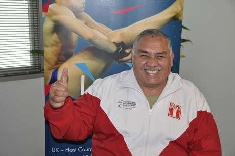 Atleta Pompilio Falconí es el único peruano en Londres.