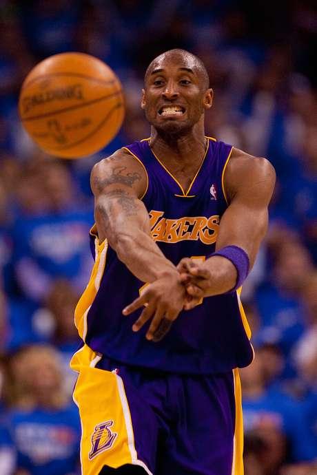 En 2006 logró 81 puntos ante Toronto Raptors, las segunda mejor anotación de la historia tras los 100 puntos de Wilt Chamberlain.
