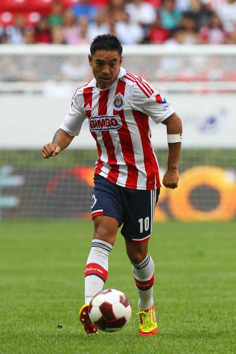 Marco Fabián could make the move to the European league.