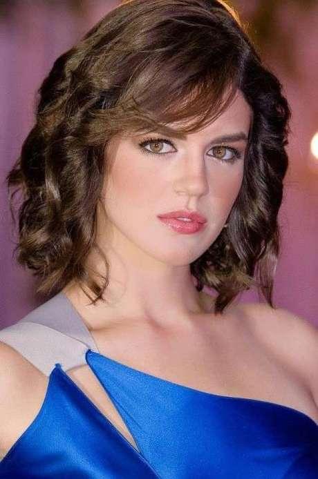 Miss Mayagüez, Cristina Franceschini, ha sido catalogada como una mujer hermosa de belleza clásica e interesante, pues no solo la consideran una buena candidata para lograr la corona sino una mujer con potencial para certámenes de belleza internacionales.