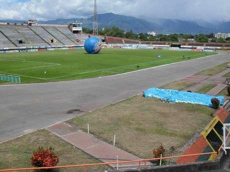 El estadio Guillermo Plazas Alcid de Neiva, donde oficia de local el Atlético Huila es uno de los 16 estadios que podría ser sancionado