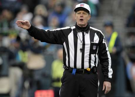 There were no meetings held between the NFL and the referees Monday, leaving little hope the two sides will come to an agreement before the start of the regular season.