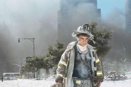Uno de los miles de bomberos que asistieron en las tareas de rescate aquel 11 de septiembre.