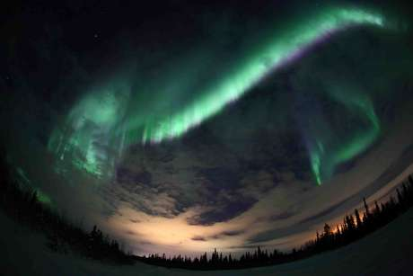 Encarar as noites gélidas do inverno russo pode ser recompensado por esse belo espetáculo