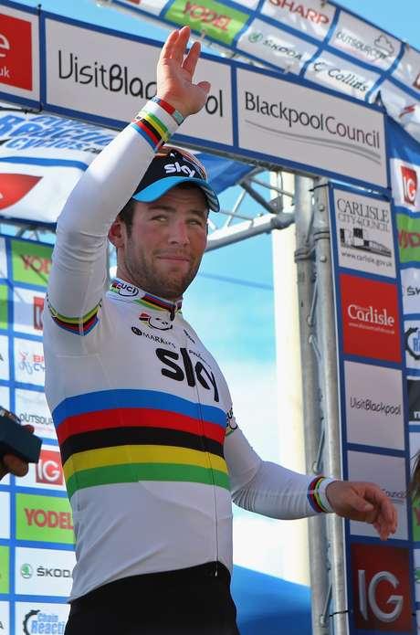 Mark Cavendish, ganó la etapa de 161,4 km, con un tiempo de 3 h 54:30.