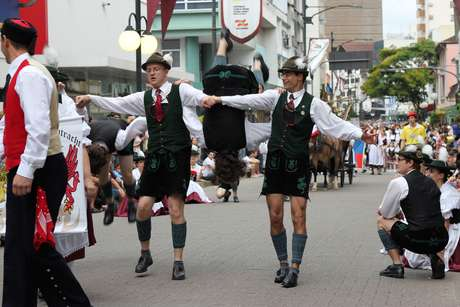 A cidade de Blumenau é o principal palco da Oktoberfest no Brasil