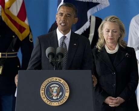 Barack Obama, durante la ceremonia de recepción de las víctimas de la embajada de EE.UU. en Libia.