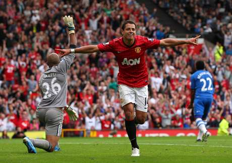 Chicharito makes amends with a second-half goal after missing a penalty in the first half. Man U won 4-0.
