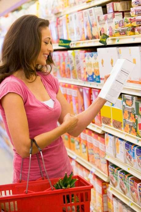 Equipe encontrou diferenças entre os consumidores que leem os rótulos e as que não leem