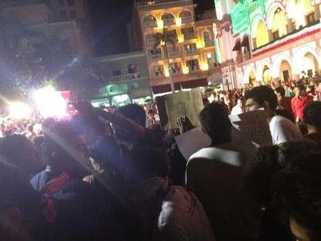 #YoSoy132 realizó este 15 de septiembre una jornada de protestas en el marco del 202 aniversario de la Independencia de México.