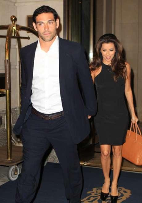 Eva Longoria y Mark Sánchez ya no ocultan su amor.